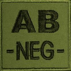 Groupe sanguin AB négatif brodé sur tissu vert OD